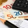 Consumi elettrici, con i pagamenti automatici si rischia di consumare (e spendere) di più