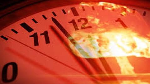 Orologio della fine del mondo: siamo a 100 secondi dalla mezzanotte