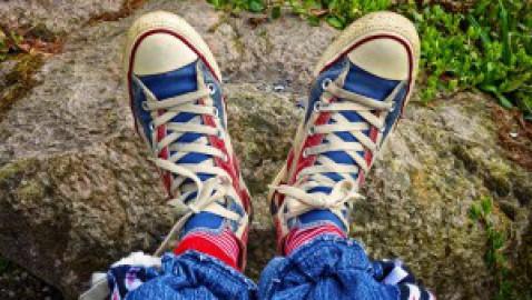 Come pulire le scarpe appena rientrati in casa: igienizzazione rapida