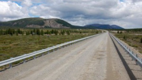 Chi paga una strada privata da asfaltare? E Come si dividono i costi secondo leggi 2021